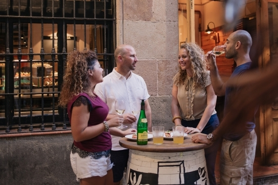 Pintxos and cider on a tapalicious walking food tour with wanderbeak barcelona