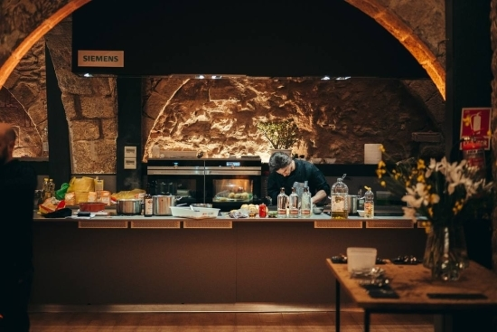 Private Barcelona Cooking Class in professional kitchen with Wanderbeak
