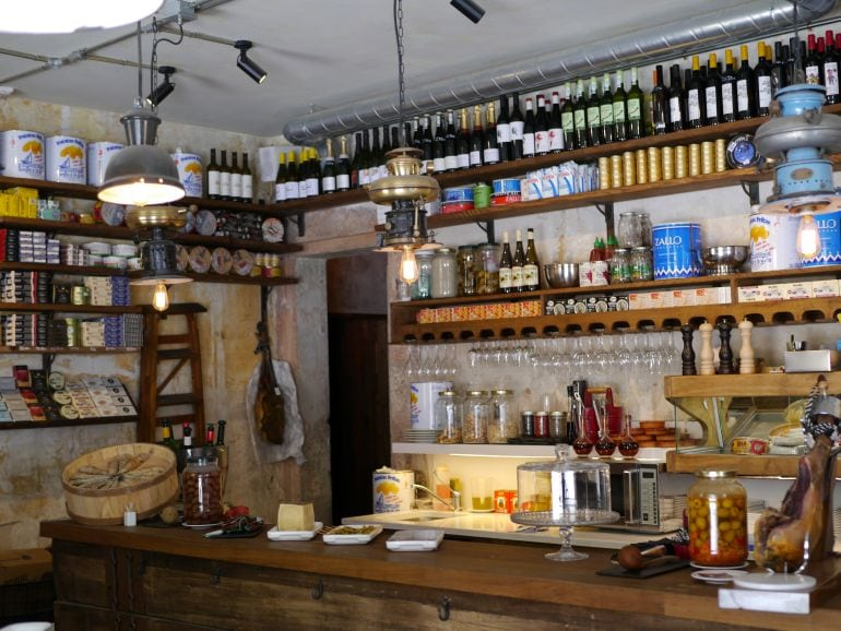 Traditional Bodega on Born to Eat Tour in Barcelona