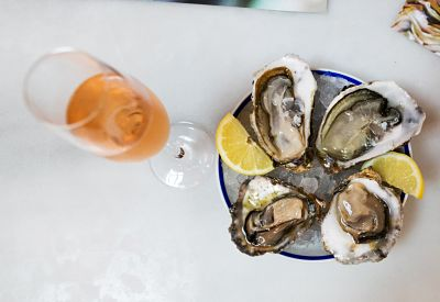VIP, Corporate & Private Gourmet Gaudi tour with oysters and cava