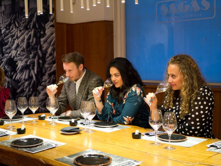 barcelona wine tour with wanderbeak on the perfect pairing food and wine tasting tour