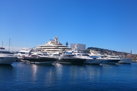 beautiful barcelona marina views on the tapalicious tapalicious private gastronomy and culture experience