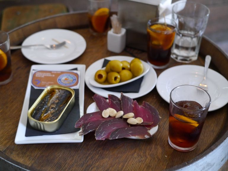born to eat barcelona tapas - aperitifs